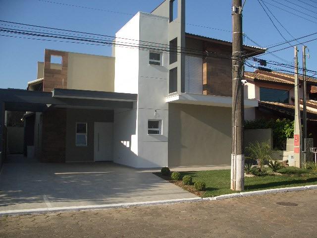 Condomínios a Venda |  PERUIBE | Excelente casa em Condominio fechado, 4 suites, sacada,sala,...