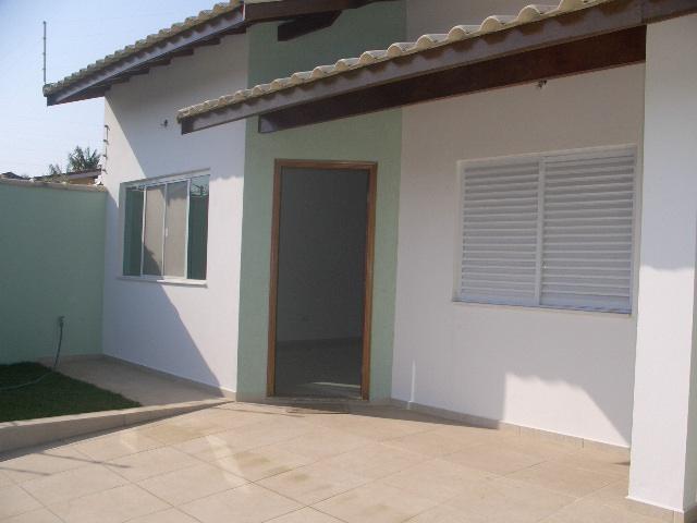 Casas a Venda |  PERUIBE | Casa nova, 3 dormitorios sendo 1 suite, sala, cozinha americana,...